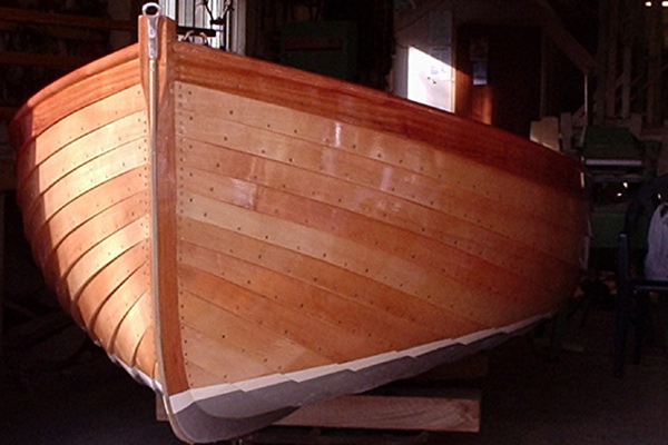 wooden-boat-builder-1